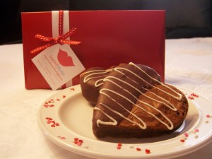 Chocolate-dipped Brownie Hearts
